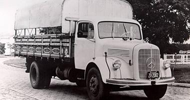 caminhões mercedes benz